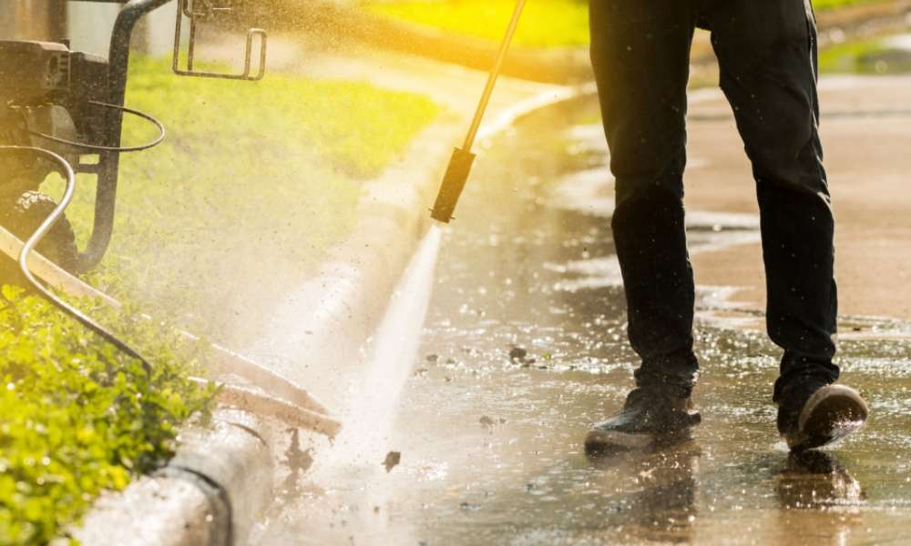 The Difference Between Pressure Washer and Power Washers